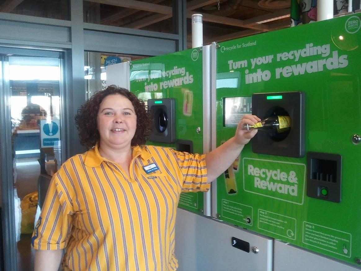 Gina using the Reverse Vending at IKEA Glasgow Zero Waste Scotland funded pilot