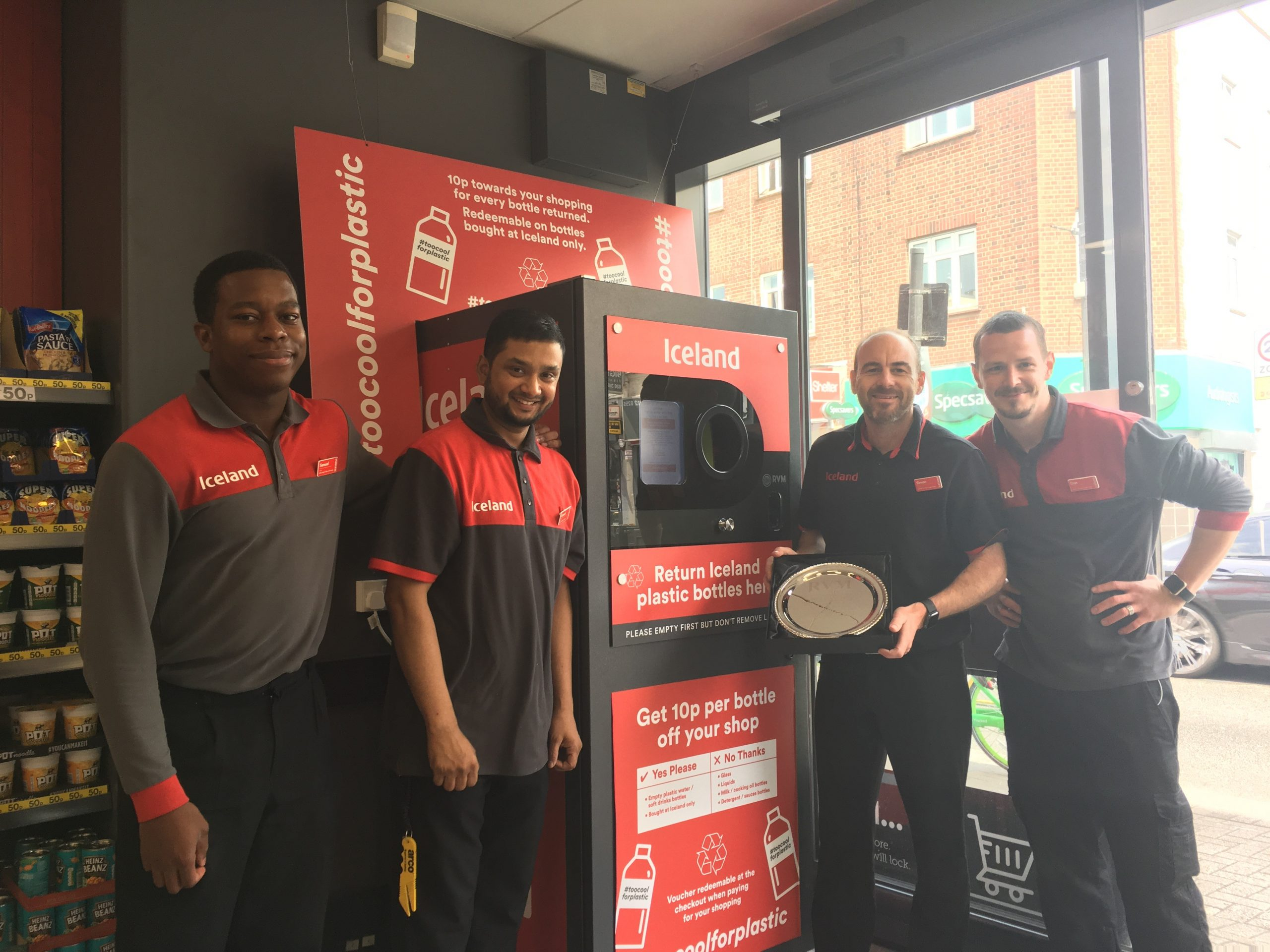 Over 200,000 plastic bottles recycled at Iceland Foods Fulham Store On the 10th of July 2019 RVM Systems presented an award to store manager Simon Felstead and his staff.